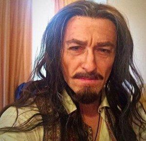Актер Сергей Безруков решил уйти в пираты
