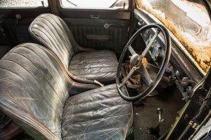 Англичанин нашел в куче мусора старинный Bentley за $460.000.000