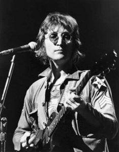 Утерянную Джоном Ленноном гитару, продадут на аукционе