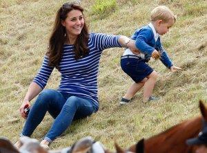 Гости фестиваля в Глостершире были удивлены появлением Кейт Миддлтон и принца Джорджа