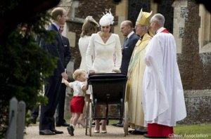 Крестными принцессы Шарлотты стали друзья ее родителей