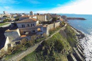 Выставлена на продажу крепость, которая была спроектирована Леонардо да Винчи