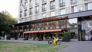 Роскошный ресторан «на брегах Невы» открылся, благодаря кризису