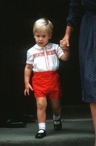 «30 спустя»: на принца Джорджа надели точную копию вещей отца