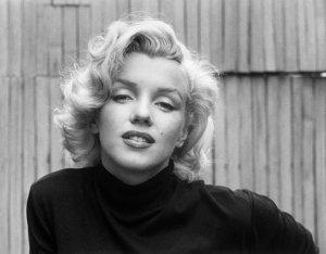 Коллекцию неизвестных снимков Мэрлин Монро продали за $750.000