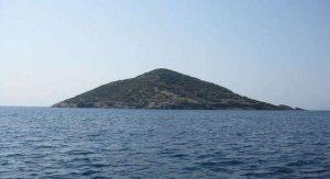 Джонни Депп приобрёл остров в Греции