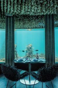Эксклюзивный подводный ресторан на Мальдивах