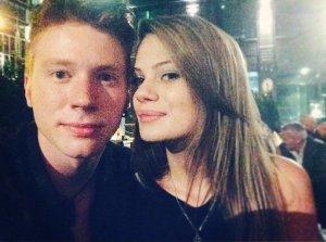 Никита Пресняков готов жениться, но не готова его невеста