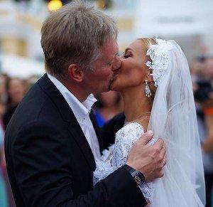 Второй день свадьбы прошёл в духе и образах ВДВ