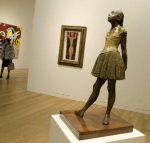 Sotheby's признал скульптуру «Маленькая танцовщица» импрессиониста Дега самым главным лотом