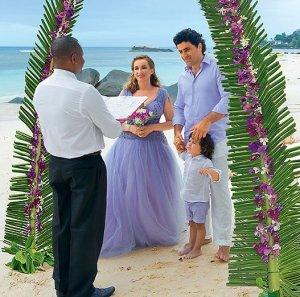 Эксклюзив: Анфиса Чехова и Гурам Баблишвили бракосочетались на Сейшелах