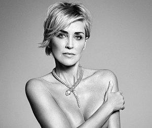 Сентябрьский выпуск Harper's Bazaar опубликует откровенную фотосессию Шэрон Стоун