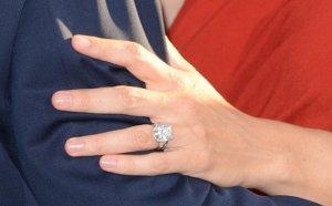 Топ-10: самые дорогие кольца знаменитостей для помолвок