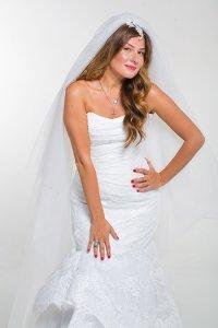 Жанна Бадоева на авторской теле-программе примерит свадебное платье