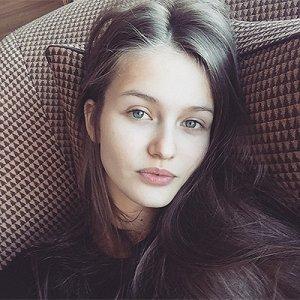 Модель Кристина Романова будет супругой Владислава Доронина (видео)