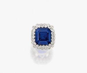 На аукционе Sotheby's кольцо «Сокровище Кашмира» было куплено за 6,7 миллиона долларов