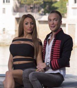Россиянка и француз за $300 тысяч превратились в «кукол»