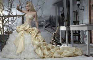 Видоизменение свадебного платья за один век уместили в трёхминутном ролике