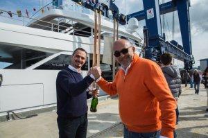 Новая яхта «Генезис» с гибридным двигателем