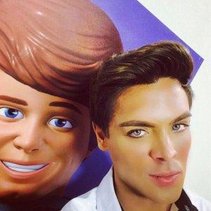 Новый бразильский двойник игрушечного Кена