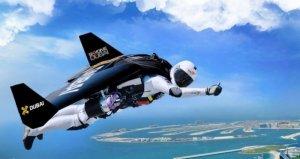 Джетмен Ив Росси летал наперегонки с самолетом Emirates A380 (видео)