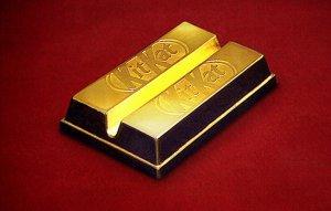 Золотые шоколадные батончики KitKat