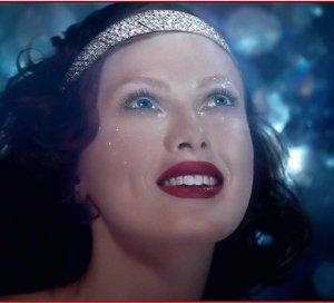 Карен Элсон в рекламе бриллиантов Cartier (видео)