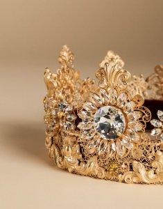 Корона от Dolce & Gabbana, достойная настоящей принцессы