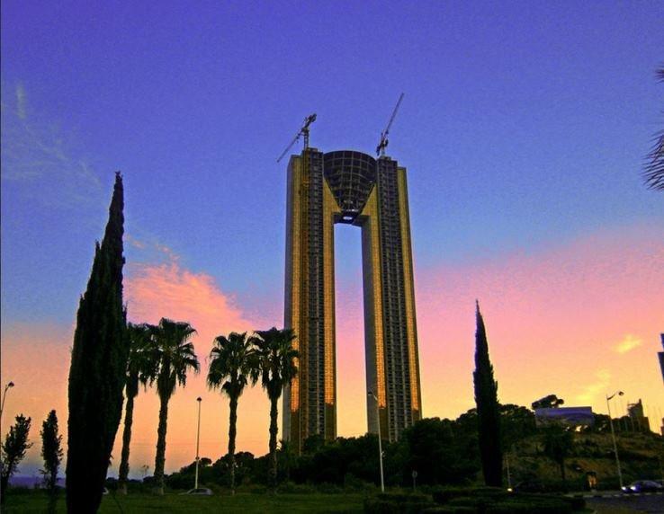 Самый высокий отель в бенидорме цены