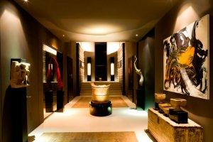 Экскурсия по мадридскому особняку Роналдо