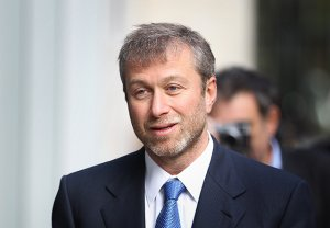 Роман Абрамович стал инвестором для нового мессенджера Blindspot