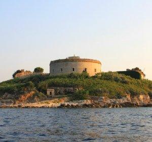 Элитный черногорский курорт на острове Мамула