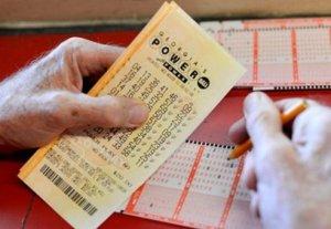 Англичанка постирала выигрышный билет лотереи с выигрышем в $47 миллионов