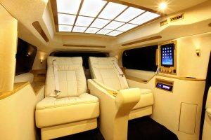 Тюнинг автомобиля Cadillac Escalade ESV от Lexani Motorcars (видео)