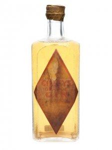 Ценителям джина паб Fence Gate предлагает уникальный экземпляр напитка 1947 года