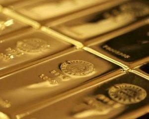 Впервые за 80 лет золотые запасы Канады иссякли