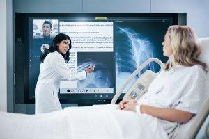 Начались поставки Surface Hub от Microsoft