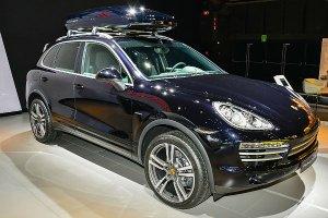 Арест Porsche Cayenne за неуплаченные штрафы