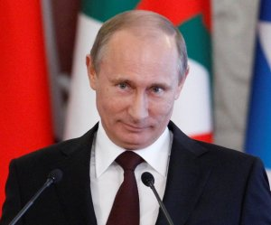Президент России поздравил королеву Великобритании с днем рождения