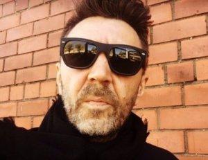 Сергей Шнуров показал своим поклонникам свое голое фото
