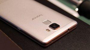 Смартфоны Honor от китайской компании Huawei
