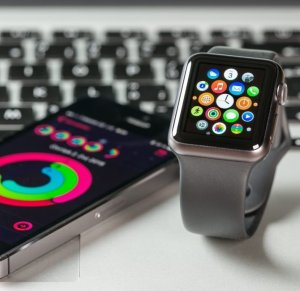 Из-за снижения продаж Apple Watch весь рынок смарт-часов начал падать
