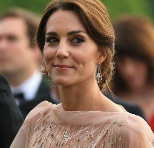 Самая стильная знаменитость в этом сезоне - герцогиня Кейт Миддлтон