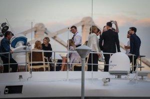 40-летие Земфиры в кругу ее друзей на белоснежной яхте