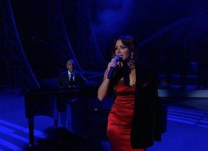 Ани Лорак в шелках выступила с новым хитом