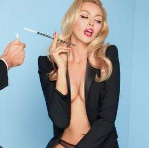 Откровенная фотосессия Поляковой понравилась ее мужу
