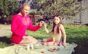 Общественность возмущена фотографией 11-летней дочери Анастасии Волочковой