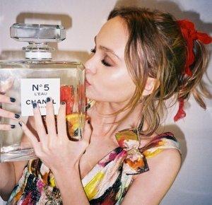 Дочь Джонни Деппа участвовала в съёмках рекламного ролика Chanel