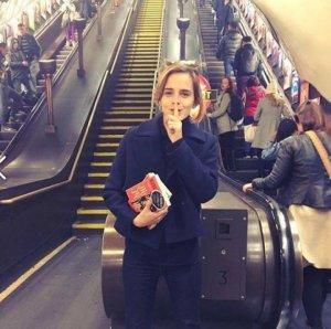 Приключения Эммы Уотсон в метро