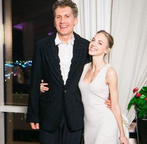 Актриса телешоу Comedy Woman Надежда Сысоева станет женой продюсера Ильи Бачурина
